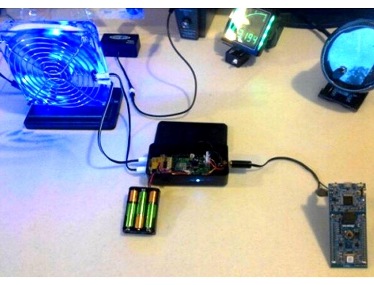 Модуль энергозахвата Jennova подключен к чипу управления аккумуляторной батареей Analog Devices ADP5090