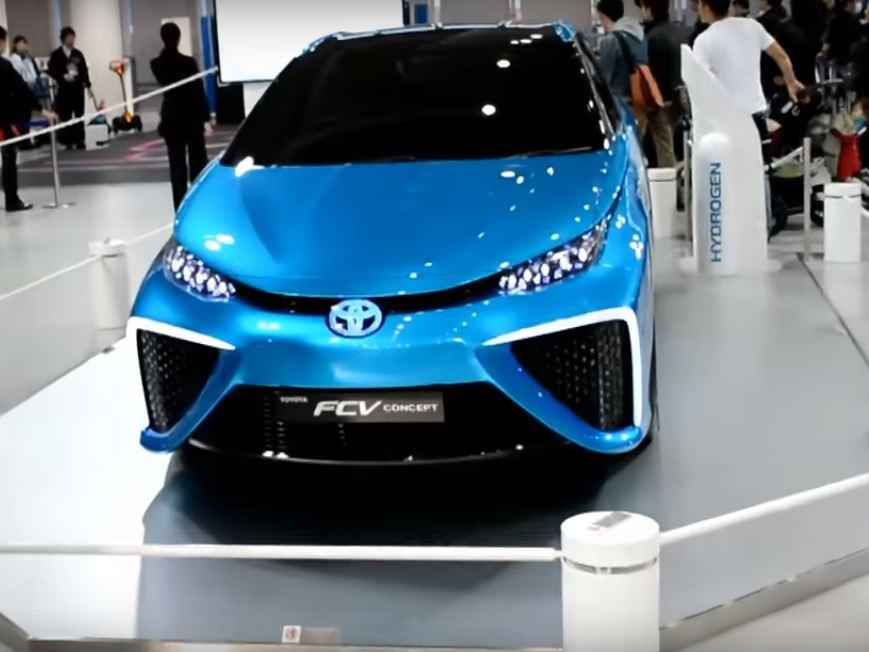Toyota Mirai вносит новый прогресс в мир автомобилей на водородном топливе