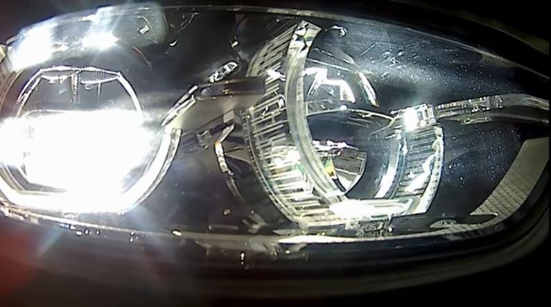 Адаптивные светодиодные фары могут значительно упростить жизнь автомобилистам