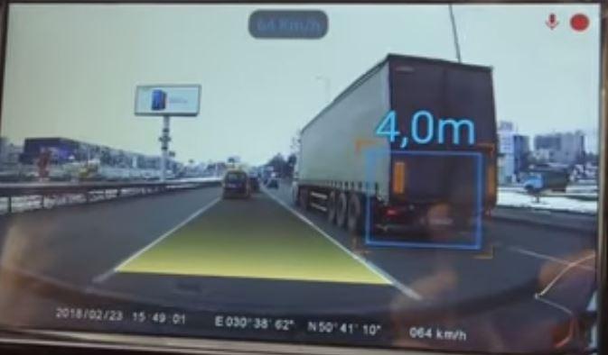 Система автоматизированнйо парковки от Porsche способна значительно упростить жизнь водителям