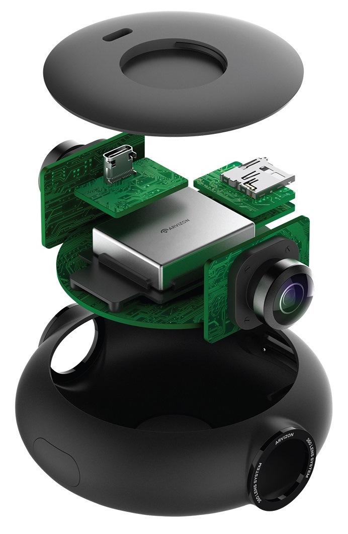 Компактный дизайн Vezo 360 включает разъем USB 3 Type-C сверху и слот для SD-карты справа
