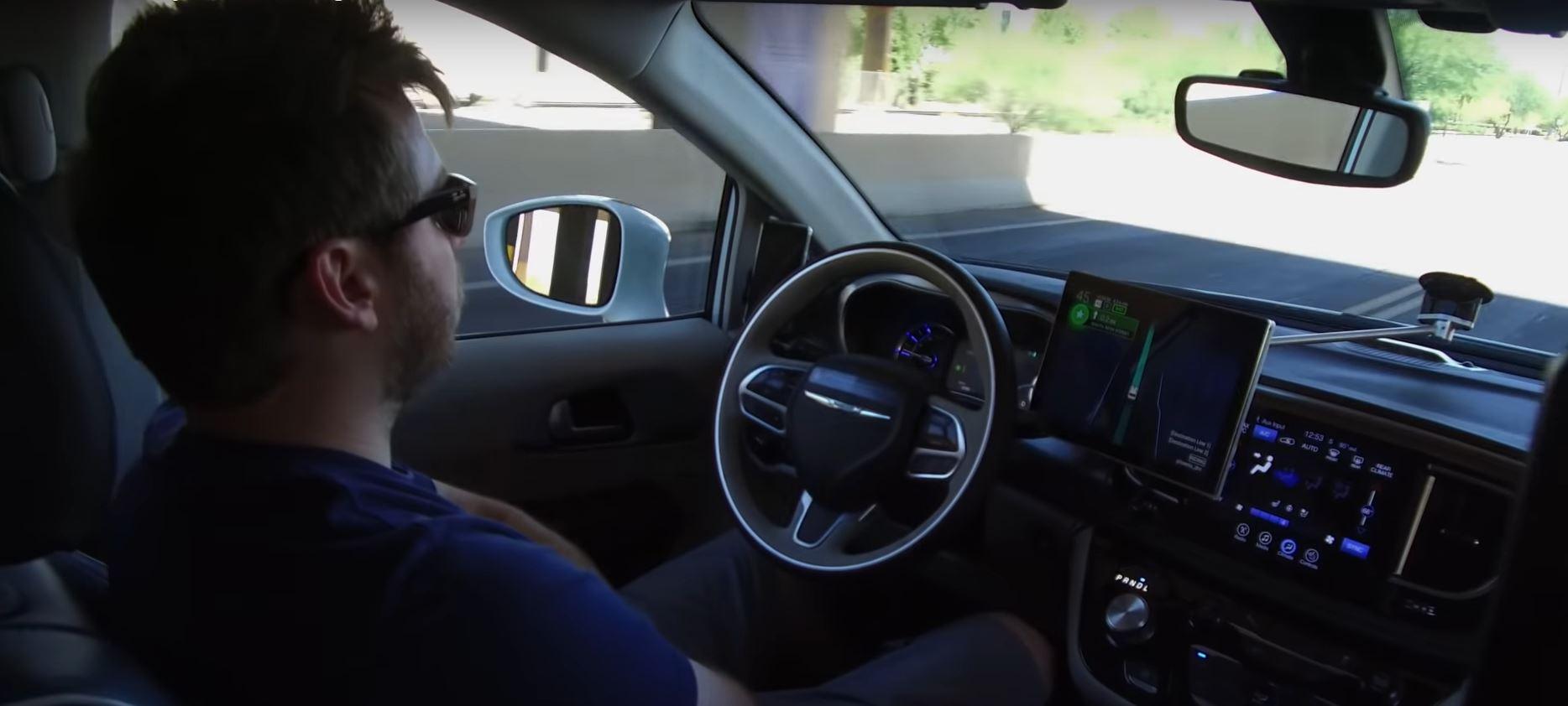 Улучшение алгоритмов искусственного интеллекта делают технологию автономного вождения еще ближе