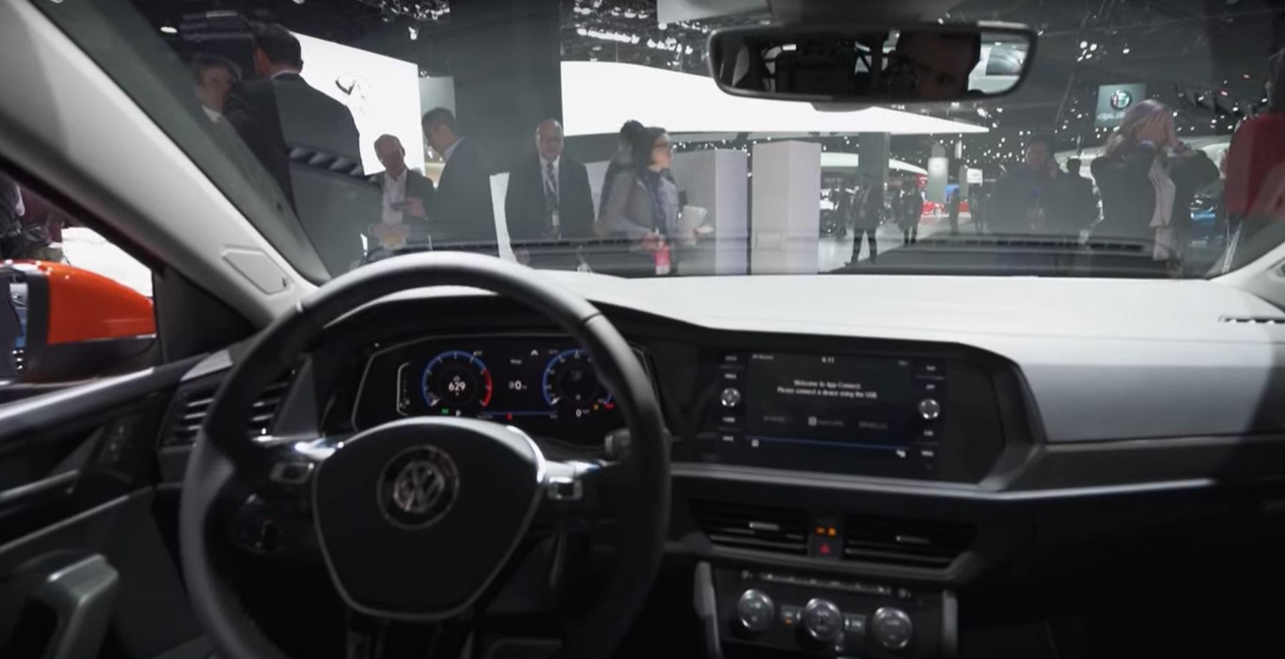 Информационная система автомобиля будущего