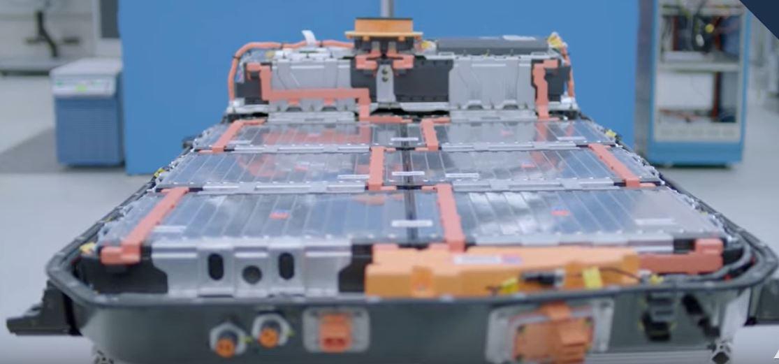 Компания Williams изобрела более легкий но более длинный аккумулятор для электромобилей