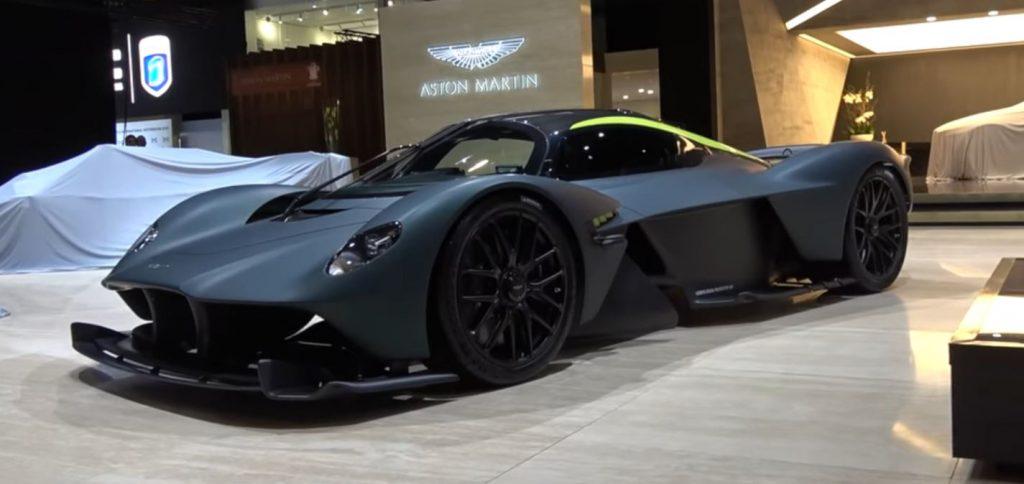 Aston Martin Valkyrie становится прямым конкурентом Porshe?