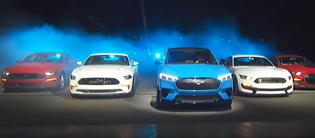 Форд Мустанг мигрирует в сторону электромобилей