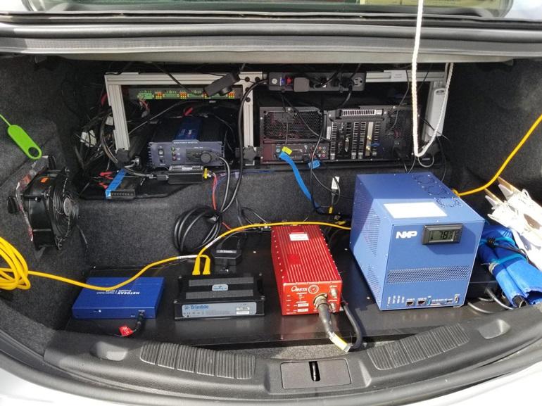 Полный набор технологий VSI находится в багажнике исследовательского