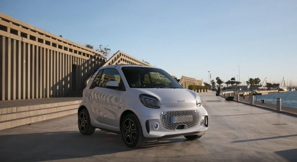 Smart EQ Fortwo 2020 становится полностью электрическим