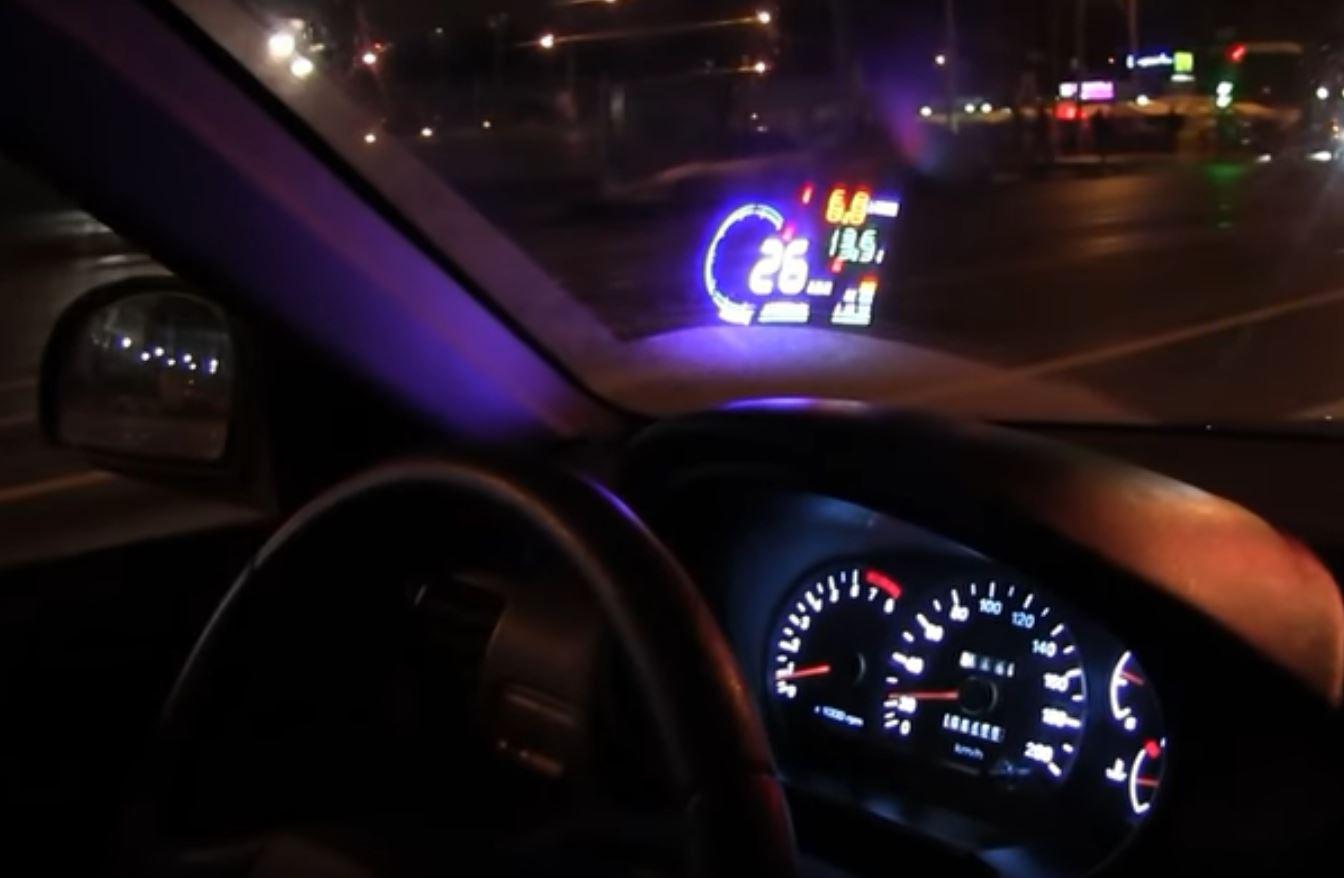 Наличие дополнительных дисплеев внутри вашего автомобиля предъявляет новые требования к системам питания авто