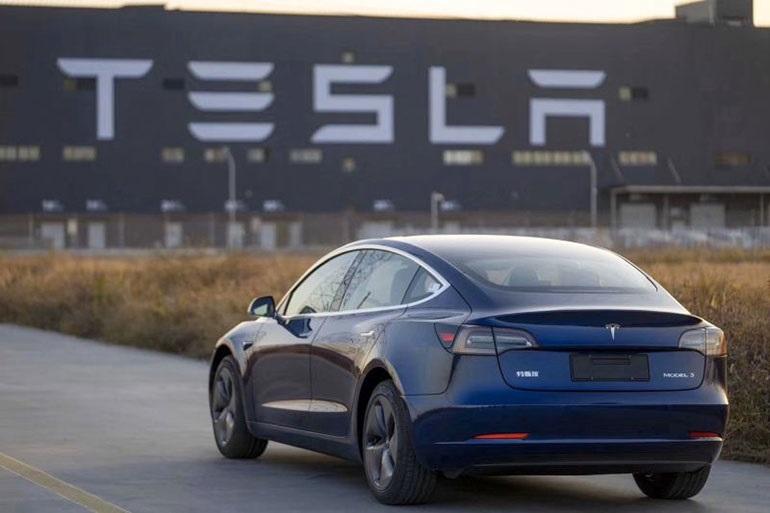 Новый аккумулятор с длительным сроком службы ожидается для следующей версии Tesla Model 3 в Китае