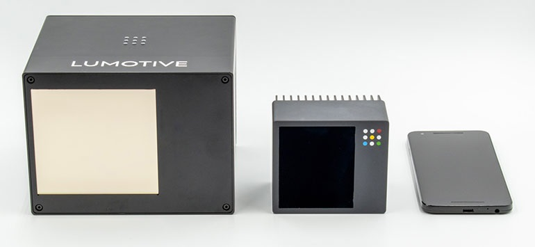 Твердотельные системы управления лучом Lumotive обеспечивают масштабируемость для автомобильных, промышленных и бытовых приложений. Прототип X10 компании слева, а также макет первой производственной системы LiDAR компании - X20, который будет выпущен в конце этого года, и M20 - отвечают потребностям потребительского и мобильного рынков