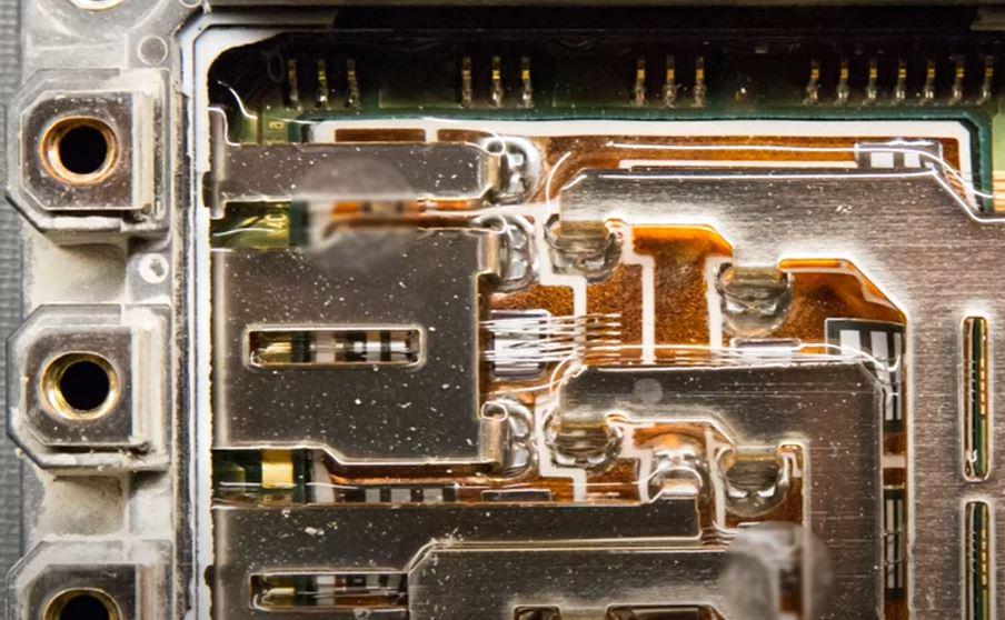Новые силовые IGBT модули для электромобилей от Infineon Technologies