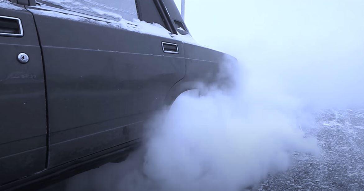 Сцепление необходимо для плавного подключения и отключения двигателя внутреннего сгорания от коробки передач