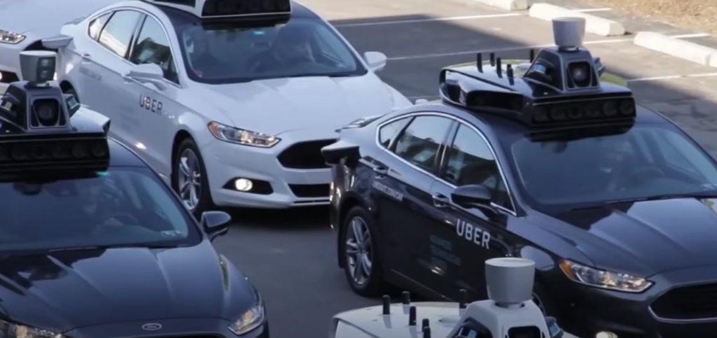 Автомобиль определенного уровня автономности должен иметь огромное количество датчиков некоторые из них размещаются на крыше