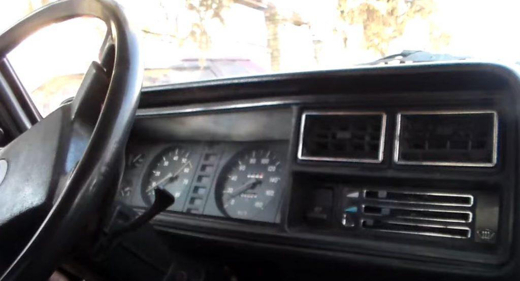 Замена обычной приборной панели автомобиля на полностью сенсорную приведет к повышению удобства вождения?
